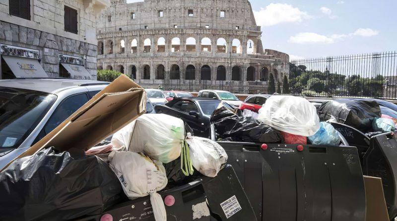 Rifiuti al Colosseo