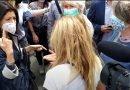 Ostia, forti proteste contro Virginia Raggi