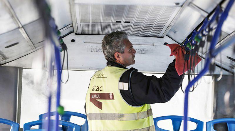 Atac Roma sanificazione autobus