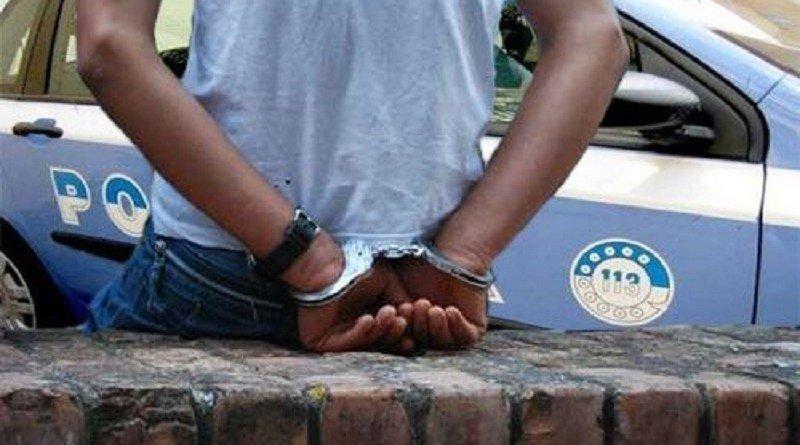 straniero arrestato