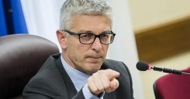 Nicola Morra dichiarazioni sul tumore